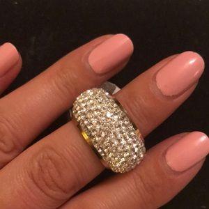Jewelry - Gorgeous diamond ring